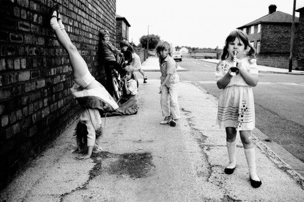 Black & White photograph from Stuart Paton, Hoi Polloi series