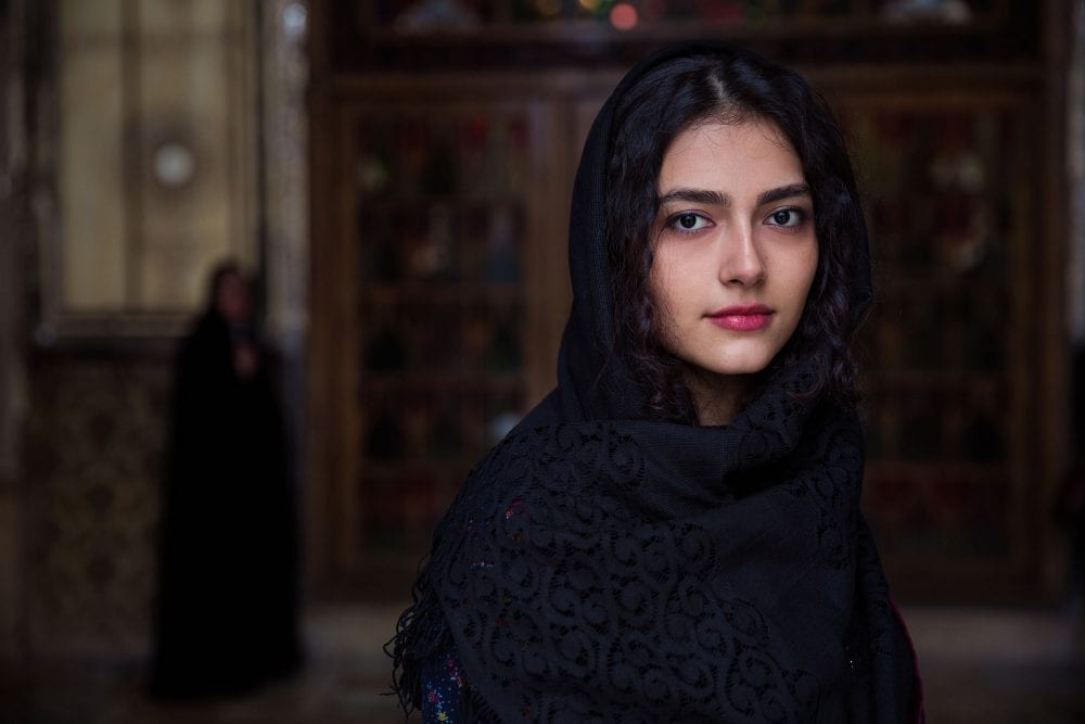 Iranian woman portrait photography in color by mihaela noroc, the atlas of beauty series