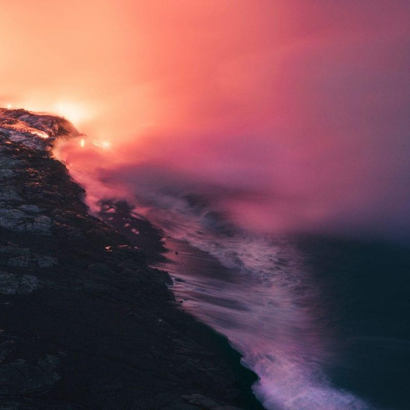 超现实和空灵之美的科幻景观图片,由无尽的色彩和电灯制成,鲁本·伍-罕见的地方