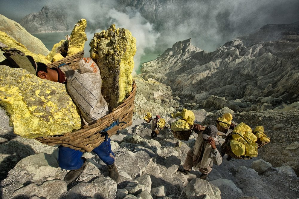 documentary photography in color by Hugh Brown