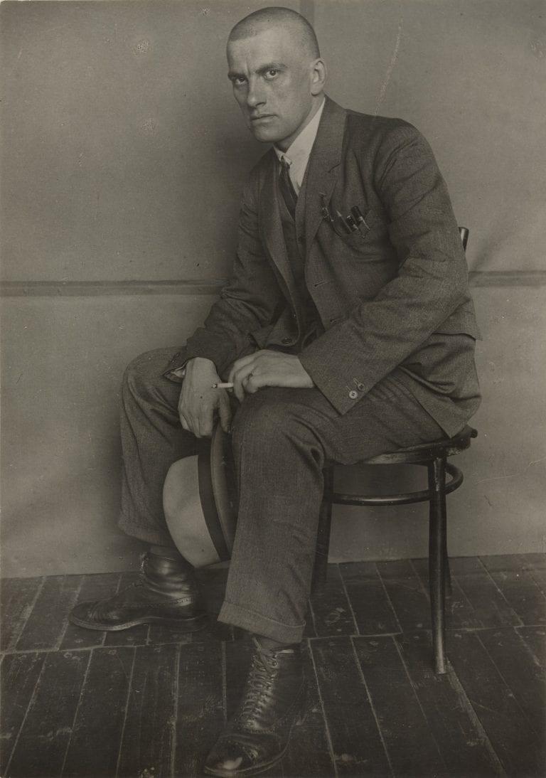 Rusia Alexsander Rodchenko - Vladimir Mayakovsky, 1924