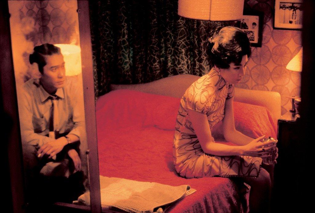 Schauspieler Tony Leung Chiu Wai und Maggie Cheung am Set von In the Mood for Love von Wong Kar Wai © Wing Shya