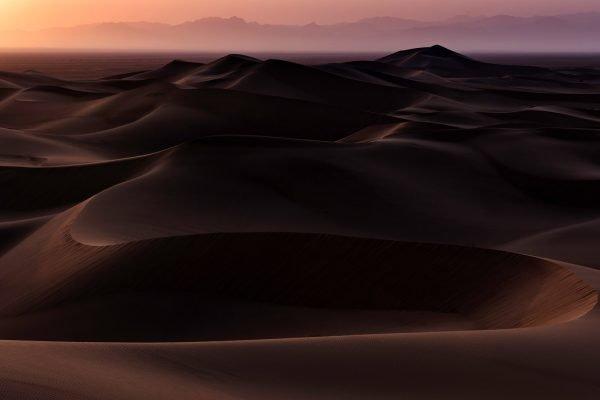 Fotografia di paesaggi, deserti intorno a Yazd nell'Iran centrale, con obiettivo Nikon D810 70-200mm f / 2.8