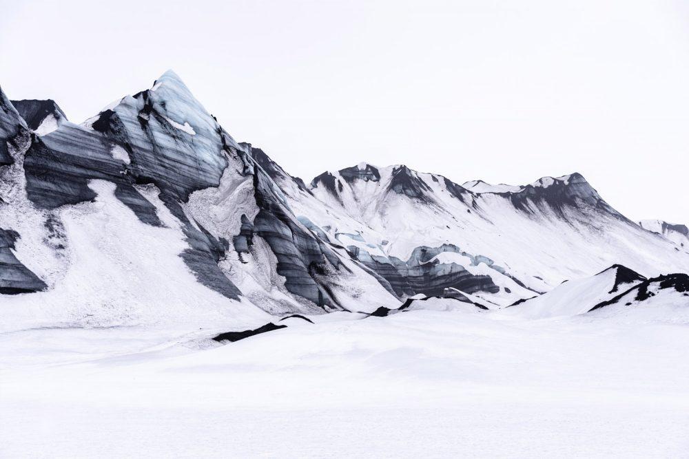 Landschaftsfotografie, Berg mit Schnee in Island