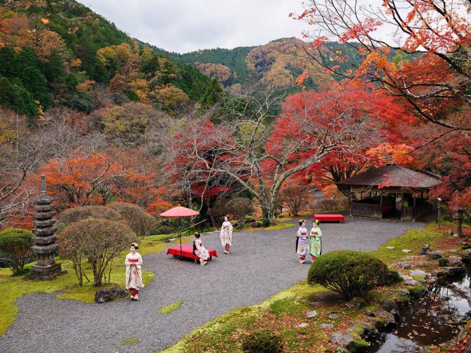 Geisha in Japan Farbfotografie von Anoush Abrar