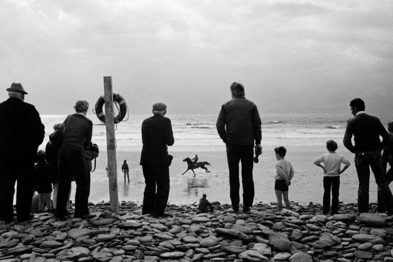 Irlande - Martin Parr - Glenbeigh Races, 1983