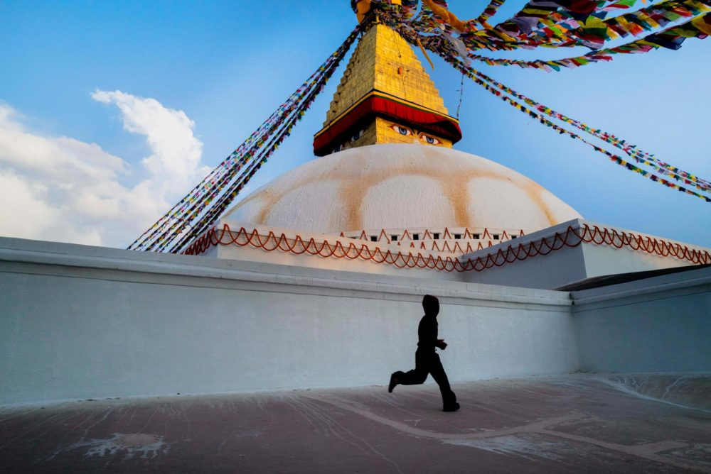 Street photography in Tibet von Fotograf Carlos Antonorsi