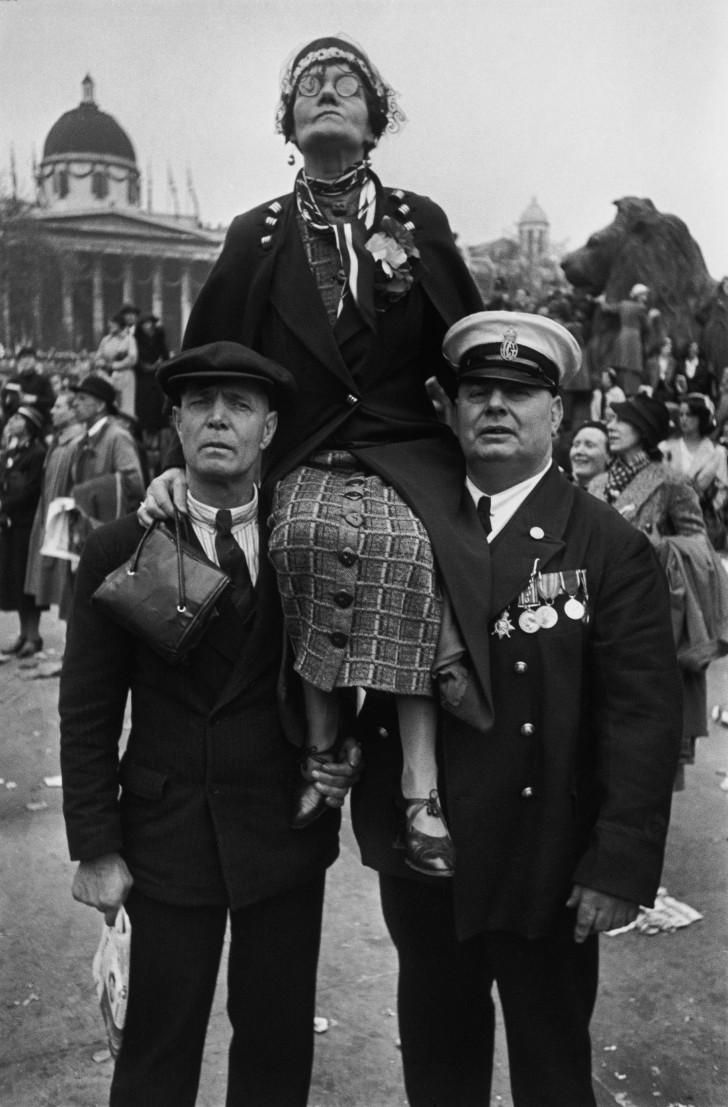 Henri Cartier-Bresson - Couronnement du roi George VI, Trafalgar Square, 1937