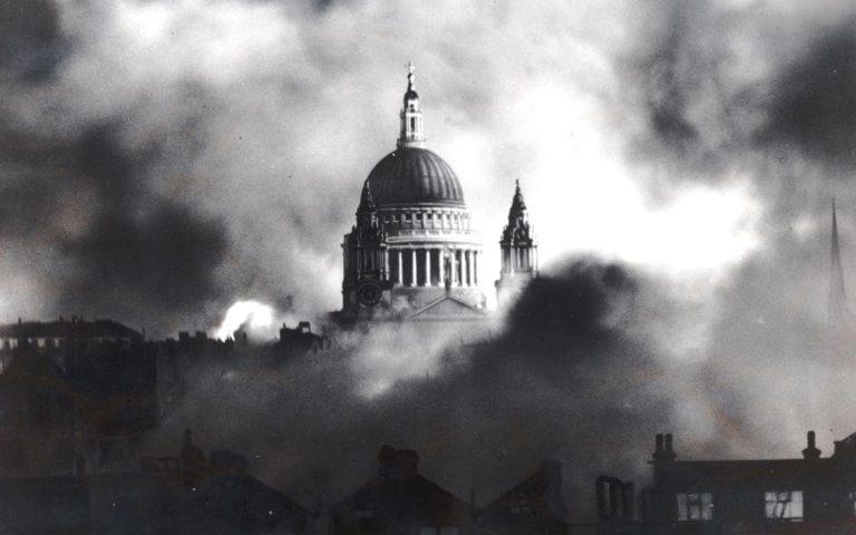 Herbert Mason - Blitz de Londres, St Pauls, 1940