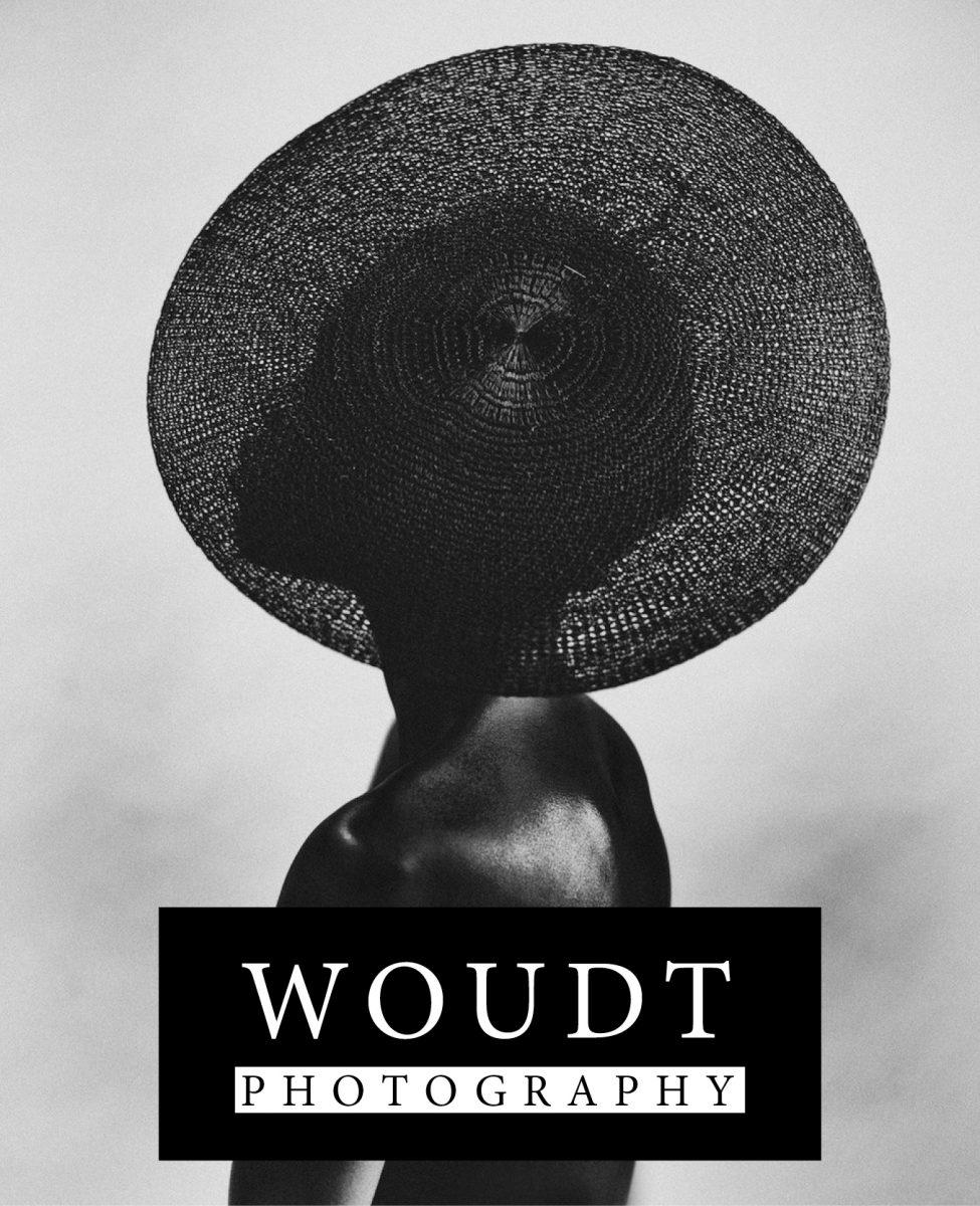 fotografia ritratto in bianco e nero di una donna nera di Bastiaan Woudt