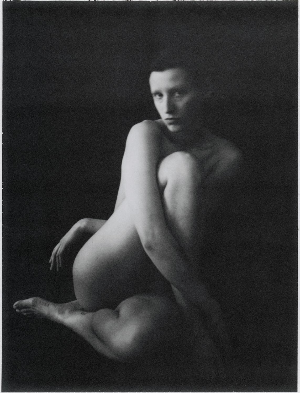 Black & white fotografia cinematografica, ritratto, studio, corpo, donna