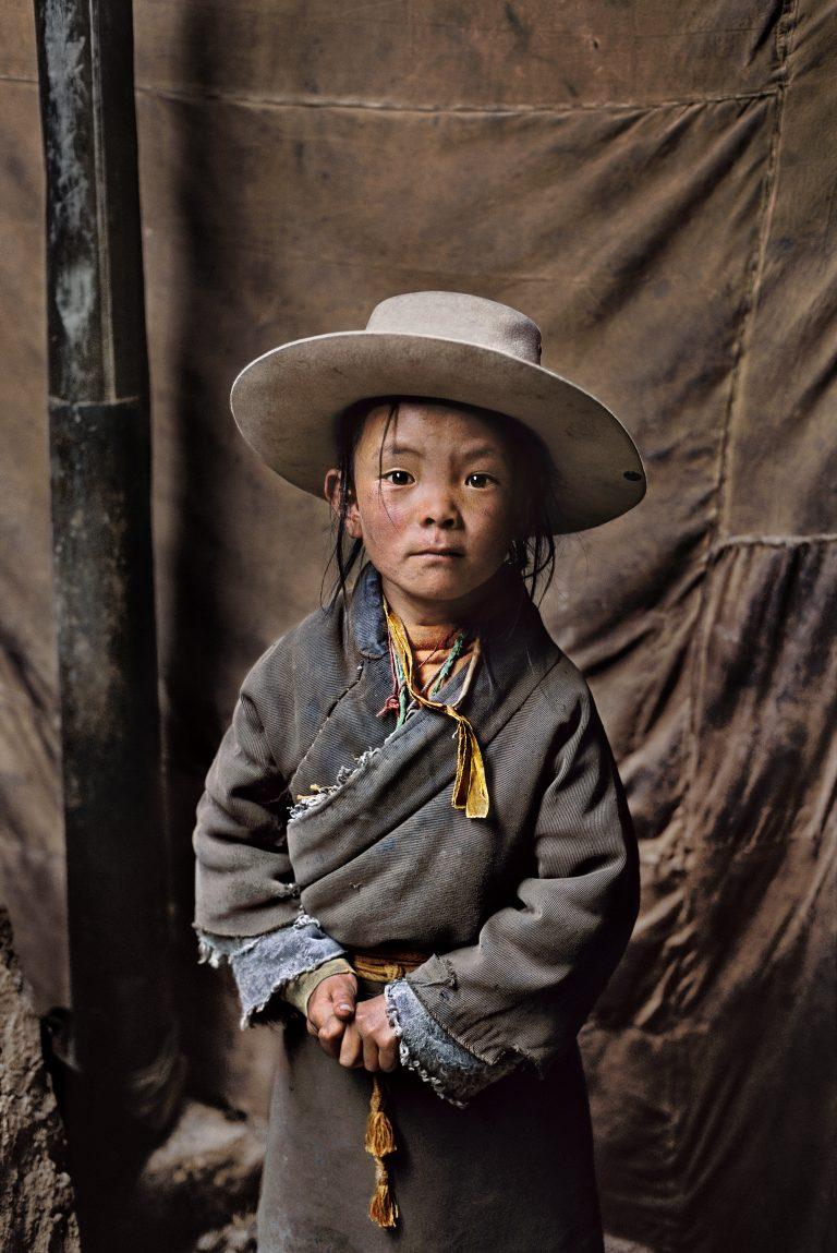 Steve McCurry, Tibet, portrait d'enfant