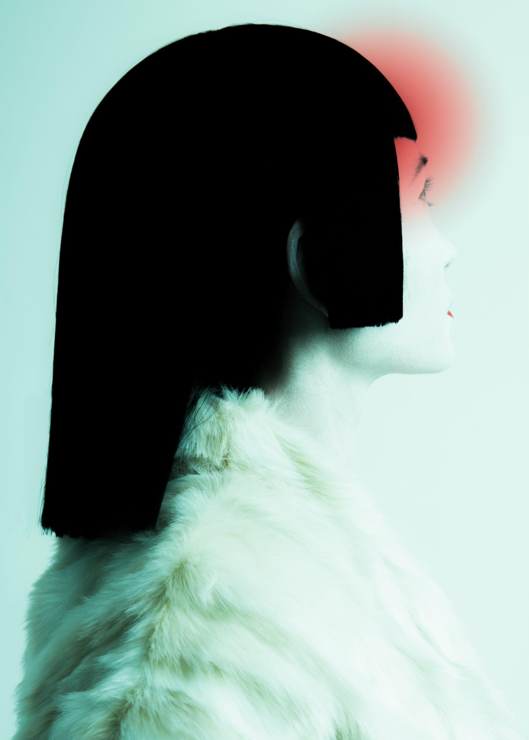 女人的艺术时装工作室肖像,作者:博阳·胡(Boyang Hu)